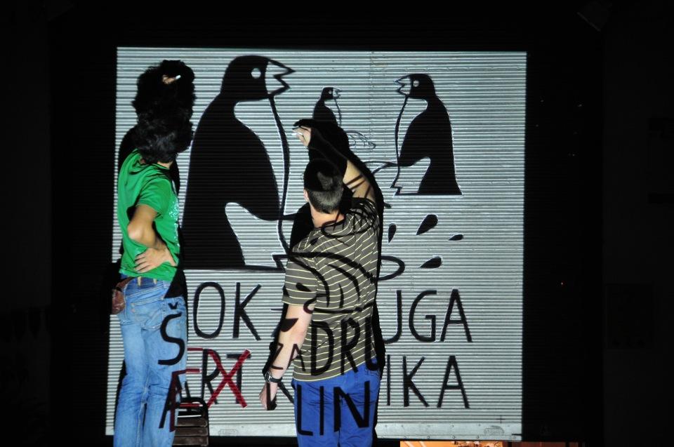 Novi Sad 01.07.2013 art klinika akcija crtanje logoa maskota foto Robert Getel